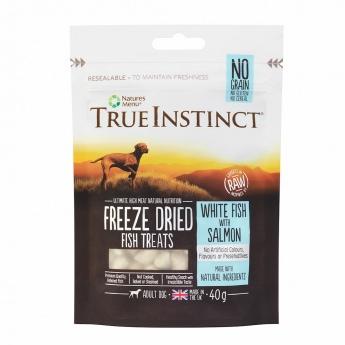 True Instinct Treat Dog pakastekuivattu kala 40 g
