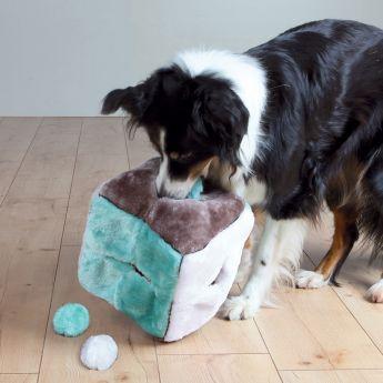 Trixie Kub med 4 bollar Plysch